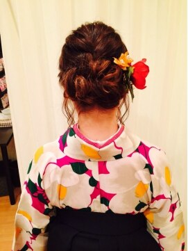 ヘアメイクサロン ビュートピア(hairmake salon Beautopia)袴とあみこみシニヨン