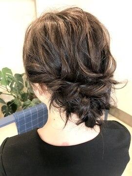 ヘアアンドメイクフリッシュ(HAIR&MAKE FRISCH)結婚式ヘアアレンジ