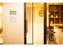 ヘアーアンドライフ ドア(hair&life Door)の雰囲気(こちらの外観が目印になります。)