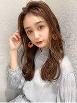 シェルハ(XELHA)アフロート斎藤 20代30代セミロングレイヤーシアーベージュ