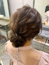 ヘアセットアンドメイクアップ シュシュ(Hair set&Make up chouchou)ウェーブアップ