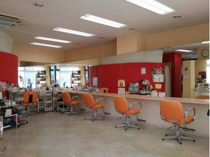 アディエスヘアー 越谷店の写真