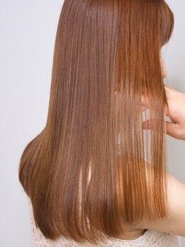 アモン 小倉駅前店(amon)の写真/amonの看板メニュー『ぬけがけTR』で髪質作りのスタートラインに♪ハンドブローしただけで決まる看板艶髪☆