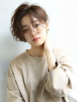 ザ キャンバス ミヤザキツネヒサ(THE CANVAS 宮崎恒久)の写真/[大人女性の綺麗を応援]カット+カラー(リタッチ)+Tr¥3850/全体カラー¥3850/白髪もこだわりのデザイン性を。