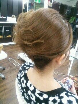 結婚式の髪型(ヘアアレンジ) ヘアセット・夜会巻き♪