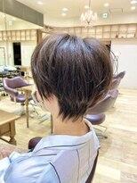 エクリ マノン(equri manon)ニュアンスハンサムショート【麻布十番 岡田】