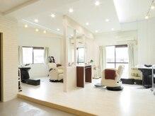 インパクト ヘアー(IMPACT hair)の雰囲気(2階には、癒しの贅沢空間をご用意しています♪)