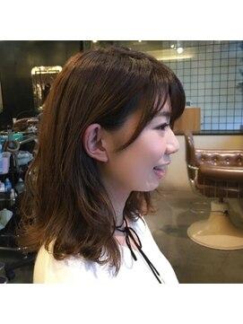 サンゴウーロク フォーメイクアップウィズヘアー(356 for make up with hair) 外ハネ