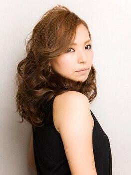 スエヒロ 十仁サロン末広(SUEHIRO)の写真/パーマスタイルを叶えるならSUEHIROにお任せ!ショートからロングまで理想のスタイルに!一度相談してみて!