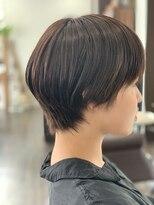 《hair make No.8》レザーカット ハンサムショート・担当中村