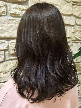 ヒラトヤ 肴町店の写真/【肴町アーケード内】艶感のある上品なカラー☆華やかでオシャレな白髪染めを叶えあなたの理想のスタイルへ