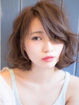 ヘアアンドメイク マカロン(hair&make macaron)の写真/ウエット/ドライを使い分ける繊細な技術。伸びた後のスタイルまで計算したカットで、まとまりの良い髪に★