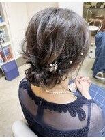 ヘアアンドメイクフリッシュ(HAIR&MAKE FRISCH)シニヨンヘアセット