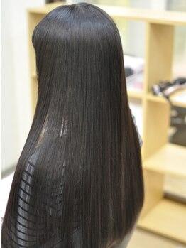 ハートフル(hair salon HEART FULL)の写真/縮毛矯正をして、髪が固くなった経験がある人はココがオススメ!!炭酸縮毛矯正で今までにない質感に◎