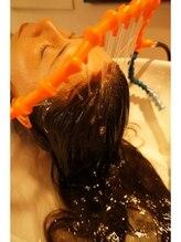 血行促進と育毛効果を促すスキャルプケアで毛細りや抜け毛等から生涯の髪を守ります。【TAIGA 上野御徒町】