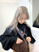 ジーナ オモテサンドウ(XENA)【MISA】ホワイトシルバー