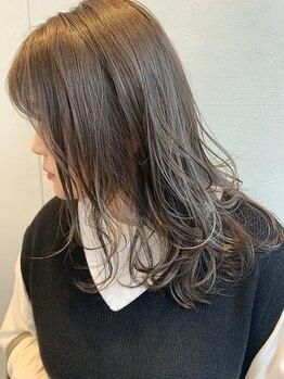 プランタンアヴェダ(printemps AVEDA)の写真/【年齢を重ねるにつれ変わる悩みに】自然界由来のオーガニックメニューで髪へのダメージを最小限に抑える◎