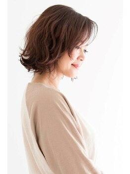 ラディアント 隅田店(Radiant)の写真/ハーブエキス配合◎頭皮、髪への刺激が少ないのが人気の秘訣。カラー後髪に潤いや艶を与える最高級カラー☆