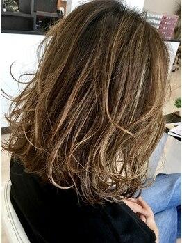 ラズ(Laz hair)の写真/柔らかく女性らしいふんわりが叶う〈Laz〉のデジタルパーマ☆ダメージレスだから艶髪をkeepできるのも◎