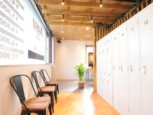 アグ ヘアー ヴィゼ 山科店(Agu hair vise)の雰囲気(ゆったり寛げる居心地の良い空間です。)