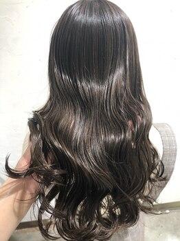ホワイト ヘアーデザイン(white. hair design)の写真/髪の美容液【oggi otto】取扱いサロン*丁寧なカウンセリングで理想のうるツヤ髪へ導きます♪