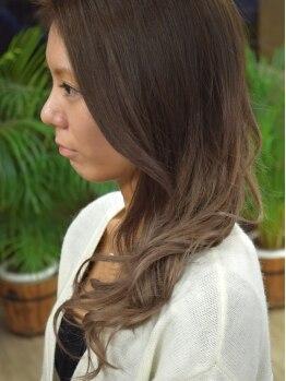 ブロード ヘアー(Broad Hair)の写真/ハイクオリティ-な技術をお手頃価格で♪いつもの時間+30分の余裕を持った施術時間でしっかりと丁寧に対応◎