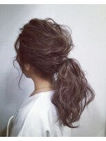 ヘアーサロン セル(Hair Salon CELL)【柔からポニーテール】