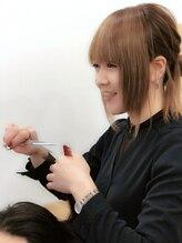 モナヘアー ピウ(mona hair piu)MIWA