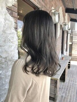 ヘアルーム キキョウ(hair room Kikyo)グレージュカラー×ロング