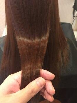 ルナメディカルヘアサロン(LUNA)の写真/≪髪質改善Tr≫繰り返し入れ込むことで、さらツヤ髪を引き出すサイエンスアクアトリートメントをご用意♪