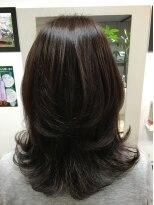 美容室 サロンドコームかろやかツヤ髪スタイル