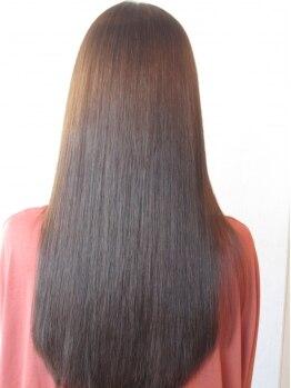 ヘアデザイン アズール(hair design azure)の写真/薬剤によるダメージを緩和◎あらゆる髪質のお悩みをフルボ酸でケア♪憧れのサラサラストレートが手に入る!