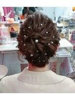 ヘアーアンドメイクサロン ハナココ(hair&make salon hana Coco)ゆるふわアップ パールピン付け放題