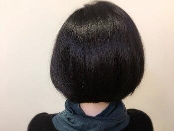 """ヘアーアンドビューティー ハナハナ(hana hana)の写真/頭皮や髪に優しい""""薬剤&水""""で,理想の髪色と指通りスルッと綺麗な髪へ◇hana+hana で本格美髪*"""
