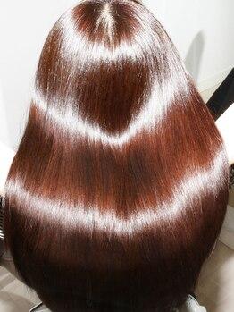 ヘアメイクサロン ブーム ヘアデザイン(boom hair design)の写真/【カット+カラー+4STEP Tr】 高級薬剤ケラスターゼを560通りの『劇的トリートメント』で堪能♪うるツヤ髪に
