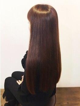 ヘアーアンドビューティー ハナハナ(hana hana)の写真/髪質改善MENUご用意◎髪へのダメージを抑えることにとことんこだわった、艶々ナチュラルストレート☆