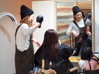 ソラヘアー(SORA hair)の写真/お洒落で気さくな女性スタイリストの丁寧なカウンセリング&似合わせ力で、理想以上のスタイルに♪