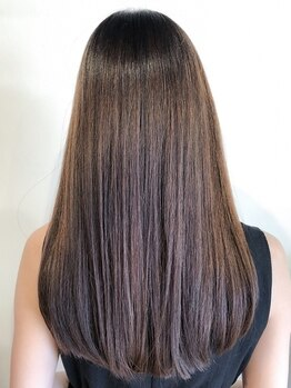 """ナチュラル 郡山店(Natural)の写真/魔法の縮毛矯正""""ケアルーガ""""が大人気!艶髪専門店だから叶う「自分の髪じゃないみたい」と驚く程の美髪へ。"""