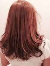 プライベート ヘアーサロン アイリス(Private Hair Salon Iris)外国人風カラーとローレイヤーでゆるふわ小顔ヘアに