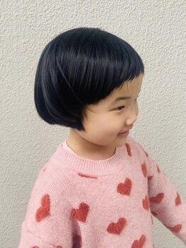 ヘアートランク(hair TRUNK)の写真/【キッズスペース有】消毒用アルコール設置でママもお子様も安心♪お気に入りのDVDご持参も大歓迎です☆