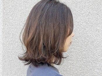 ヘアーメイク スクエア ウーノ(HAIR MAKE SQUARE uno)の写真/従来の白髪染めとは違う!天然由来成分配合のオーガニックカラーで髪と地肌に優しく、艶やかな仕上がりに☆