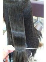 ヘアアンドメイクグラチア(HAIR and MAKE GRATIAE)極上のツヤ感☆ホホバ油配合の縮毛矯正