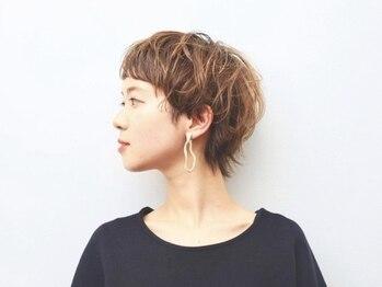 ヘアーサロン デフ(hair salon Def)の写真/魅せるdesign力,熟練のカット技法で小顔補正◎大人の自然な髪~ハイトーン/ダブルカラー等の個性派styleも!