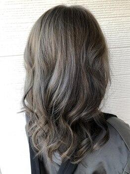 美容室リフレの写真/大好評《TOKIOトリートメント》取扱い★バージンヘアのような柔らかな手触り、サラサラの仕上がりを体感―