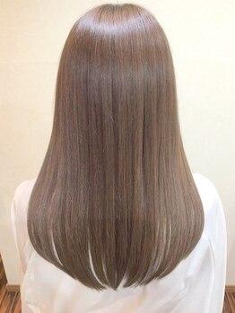 ギフト ヘアーアンドライフドレッサーズ(gift Hair&Life Dressers)の写真/貴方の髪に合った厳選トリートメントをご提案◎ハリ・コシのある美髪へと導く本格毛質改善トリートメント♪