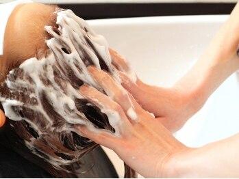 マインドステージ(MIND STAGE)の写真/《炭酸ヘッドスパ・プレミアムヘッドスパ》で髪・頭皮スッキリ★キレイになって気分も髪もリフレッシュ!!