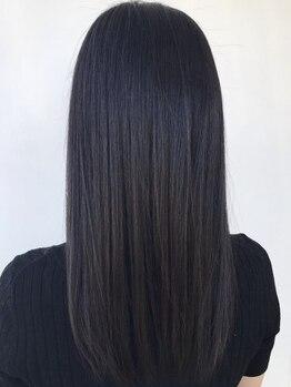 """ヒビカ(HIBIKA)の写真/《髪質改善》最高級""""ハホニコ酸熱トリートメント""""で艶感溢れる美髪に◎丁寧なカウンセリングも人気の秘密*"""