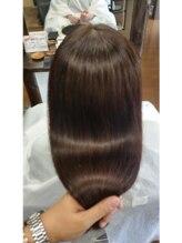ヘアーヒーリングサロン アズ ラグジュアリー(hair healing salon az luxury)艶出しロングストレート