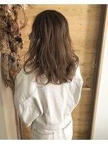 シキオ ヘアデザイン(SHIKIO HAIR DESIGN FUK)赤味除去ヌーディカラー