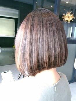 ラウレア(Laule'a)の写真/Laule'a自慢の《髪質改善縮毛矯正》で艶やかな仕上がりへ♪ダメージを改善しながら理想ストレートを実現◎